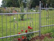 Gartenzaun aus Eisen, graphitfarben